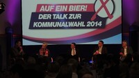 Podium Buergermeisterwahl Muenchberg 2014 12.jpg