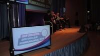 Podium Landratswahl WUN 2014 09.jpg