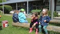Weber grillt Abenteuerkindergarten Hof 17.jpg